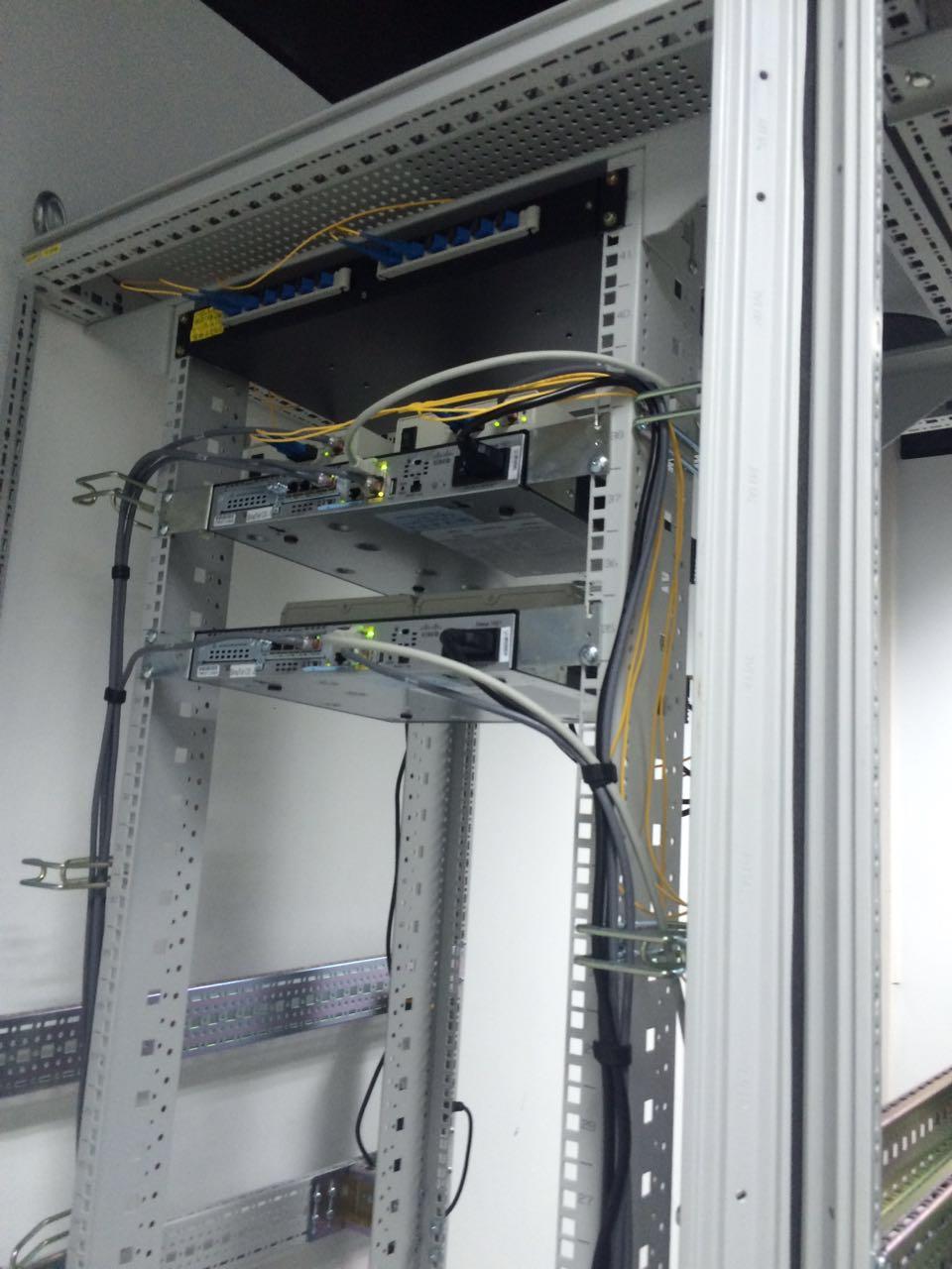 机房配电柜设备
